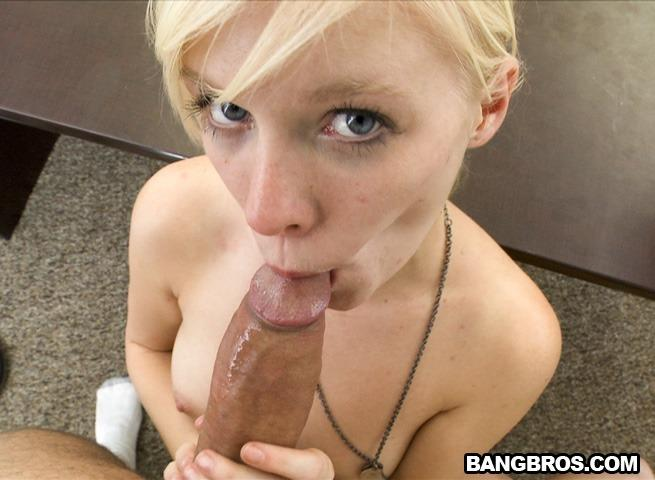 Elaina raye has her tasty big clit sucked fucked
